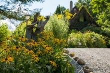 Au jardin accès à la Maison d'Évelyne