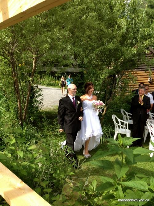 Arrivée de la mariée à  la chapelle