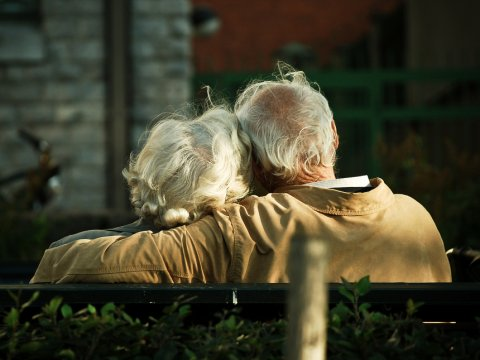 old-couple-love
