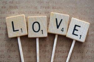 Lettres pour votre gâteau de mariage                   Création: Shop all things