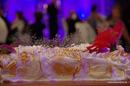 Alaska ou Bombe glacée en gateau de mariage